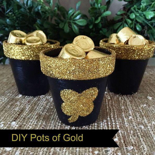 potes de ouro, artesanato, decoupage, decoração do feriado sazonal