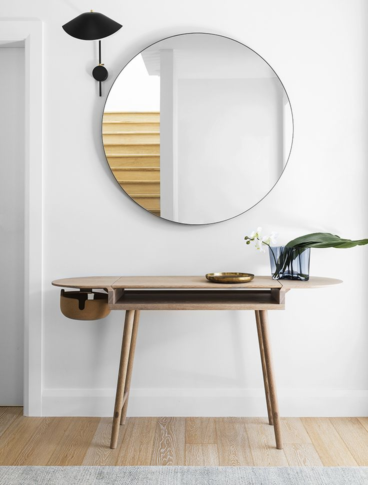 77 best oversized round mirrors images on pinterest - Interieur eclectique maison citiadine arent pyke ...