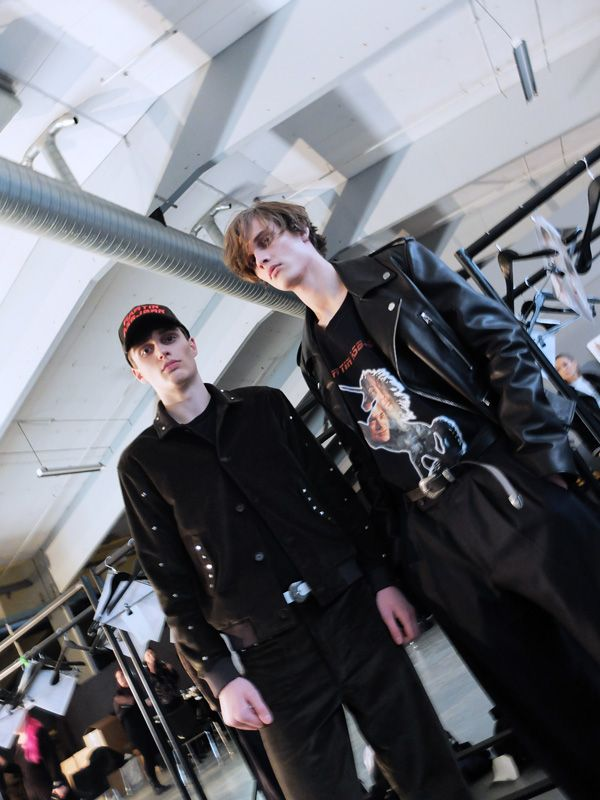 Take a look at Martin Asbjørn FW17backstage captured by the lens ofAnna Barrduring Copenhagen Fashion Week, in exclusive for Fucking Young!