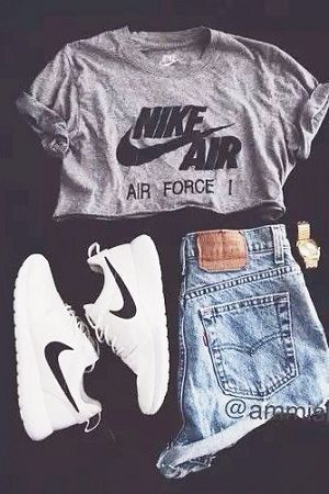 Sports Nike shoes so beautiful and exquisite,click…