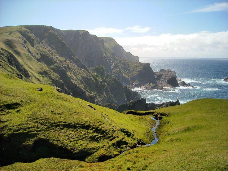 Hermaness Cliffs (colour)