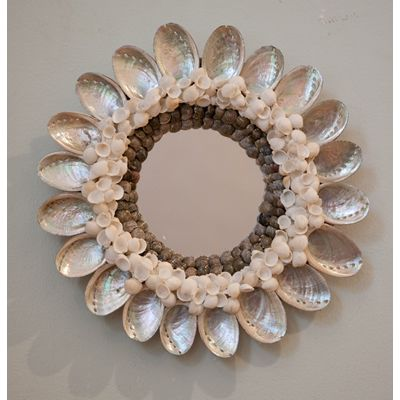 shell mirrors images | Mirrors : Seagrass Home: A bit of the East Coast on the North Shore