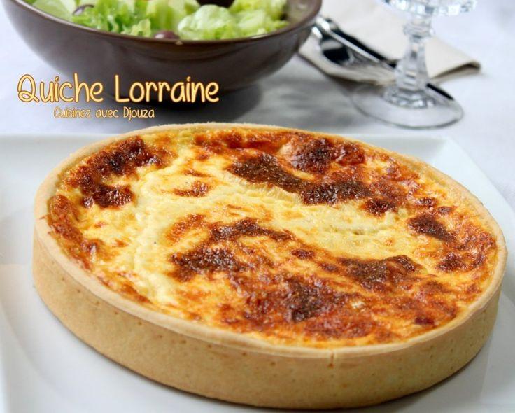 Recette de la quiche lorraine facile de Cyril Lignac. Une quiche à la pâte brisée avec le fromage de comté. L'appareil à quiche est bien crémeux et la cuisson