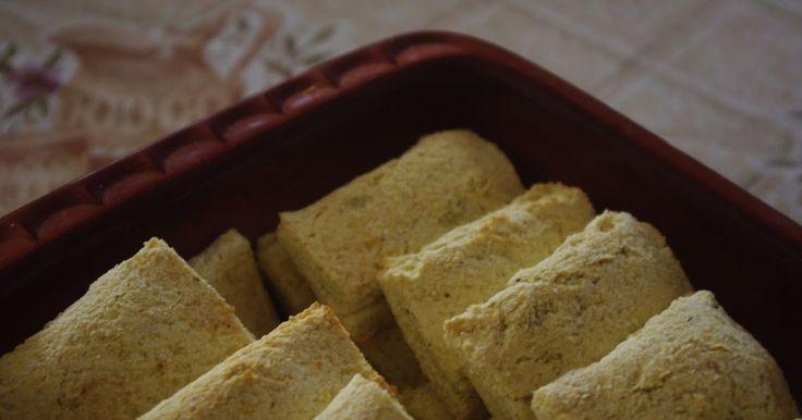 Az alábbi tészta nagyon sokféleképpen felhasználható édes és sós töltelékekkel egyaránt. Hozzávalók: 30 dkg cukkini 10 dkg kókuszliszt ...