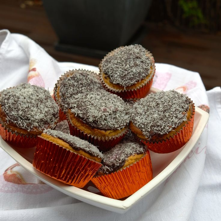 how to make lamingtons with cream