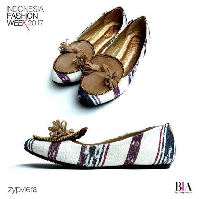 Saya menjual Flatshoes BIA - Zypvierra White seharga {{price}}. Dapatkan produk ini hanya di Shopee! http://shopee.co.id/sylviaoryza/132803698 #ShopeeID