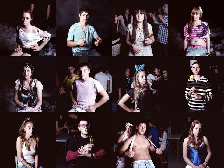 Сельская дискотека… по-испански. (17 фото)   Испанский фотограф Хесус Мадриньян сфотографировал молодых людей, которые отрываются в ночных клубах, расположенных в сельской местности испанской Галисии. Его фотопроект называется «Спокойной ночи» и посвящен двойственности сцены ночных клубов: молодежь отрывается во всю, чувствуя себя модными и гламурными, хотя за окнами к ...  Читать всё: http://avivas.ru/topic/selskaya_diskoteka_po_ispanski.html