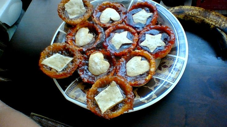 Russian Style Cooking: Bite size Jam Pies http://russianstylecooking.blogspot.com/