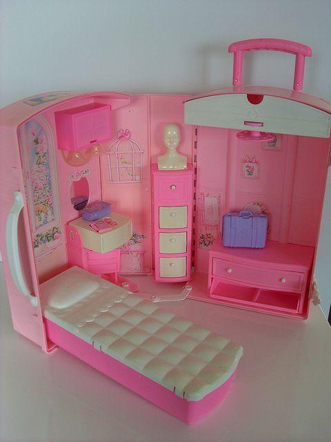 Maison de barbie en forme valise souvenir les ann es 90 - Barbie et la maison de reve ...