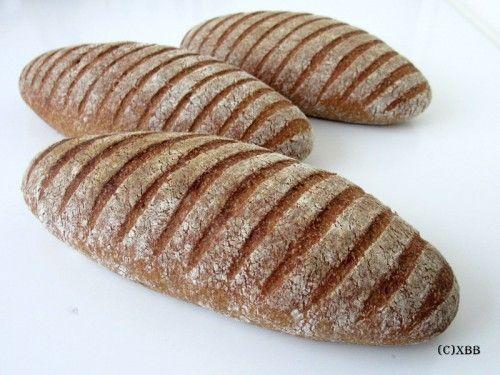 Volkorenbrood met desem en gist