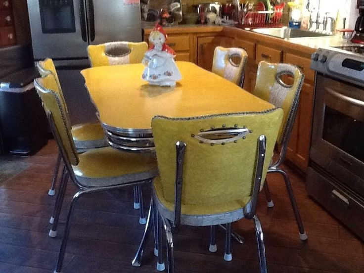 Vintage Yellow Chrome and Formica Spartan Table and 6