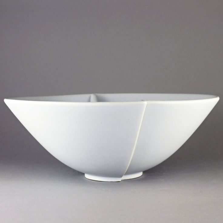 Wilhelm Kage (Surrea 1936) Large Asymmetric Bowl