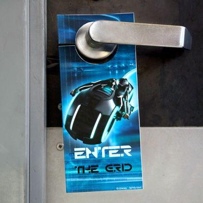 Tron Door Hanger | Printables | Spoonful