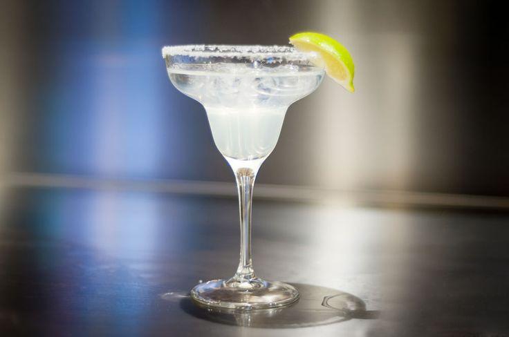 MARGHERITA (Tequila, Cointerau, Succo di limone)
