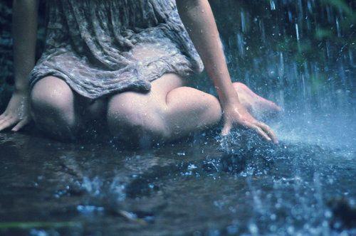 :( tired, alone, girl, rain, sad - inspiring picture on Favim.com