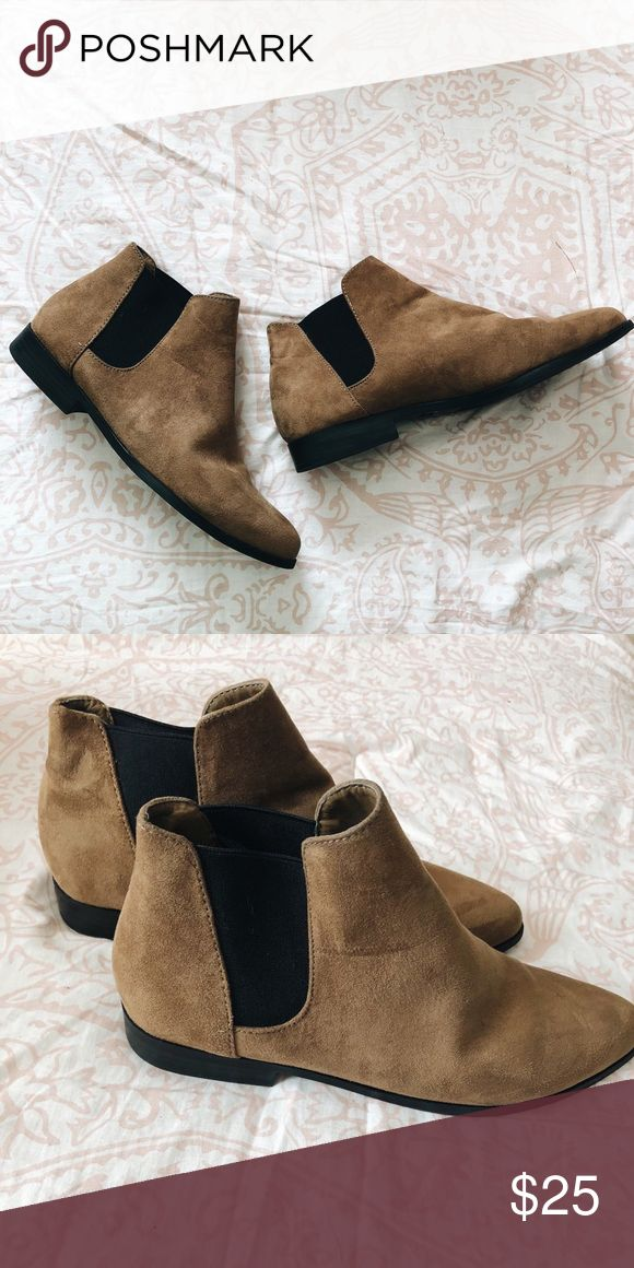 Pointed Chelsea Boots These tan suede pointed Chelsea's will not disappoint. They're comfortable to walk in and pair well with any style. Never worn before! Forever 21 Shoes Ankle Boots & Booties