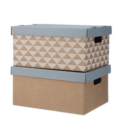 HEMA wonen - Set van 2 opbergdozen van karton. De deksel van de dozen is in de kleur grijs. 1 doos heeft een grafisch dessin met wit, de andere is uni karton. Zelf makkelijk in elkaar te vouwen.