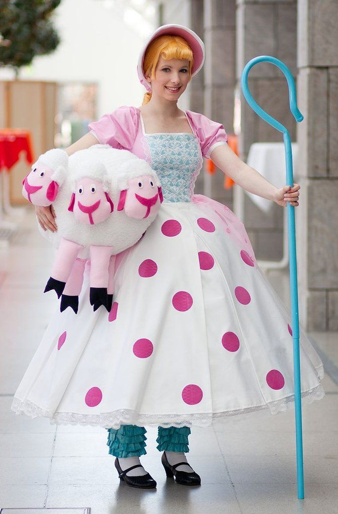 Little Bo Peep cosplay