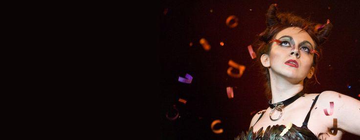 Contrahilo 2008. Producción técnica + realización en directo. Muestra y pasarela de moda alternativa e independiente. Semana de la Moda Sostenible organizada por SETEM-Aragón y Modalena. Foto: Chusico