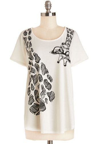 Hanging 'Round Town Tee - White, Short Sleeve, Knit, Long, White, Black, Print with Animals, Casual, Short Sleeves, Scoop