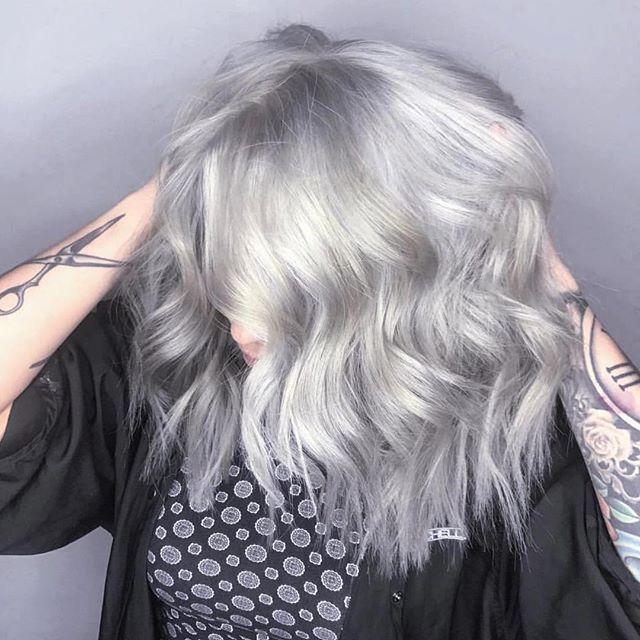 Color, highlights and A-line haircut done by Nicole Cruz @nicolecruz_ #ella6 #tucsonsalon #tucsonhair #tucsonhairstylist #tucson #paulmitchell #paulmitchellfocussalon #alinecut #aline #bob #haircut #hair #highlights #creative #stylist