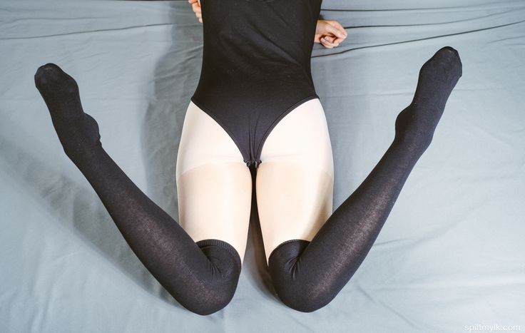 Black pantyhose white socks porn pictures