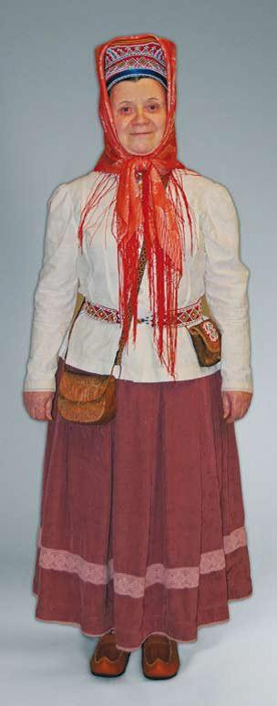 Skolt Sámi costume - Kolttasaamelainen puku | Sami Duodji ry