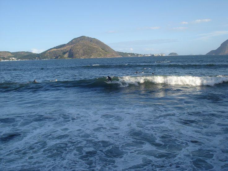 Surf na Praia de Icaraí