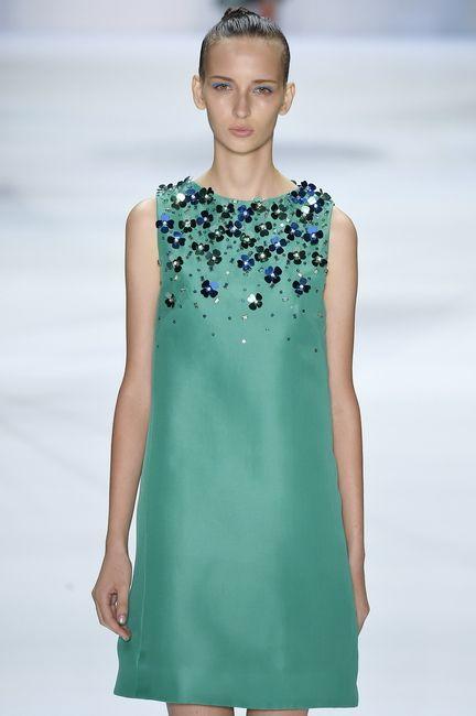 SS16 Monique Lhuillier A-line dress green dress flowers sleek bun green eyeshadow