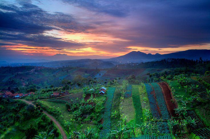 Moko Highland, Bandung, Indonesia. http://www.bdgexpat.com