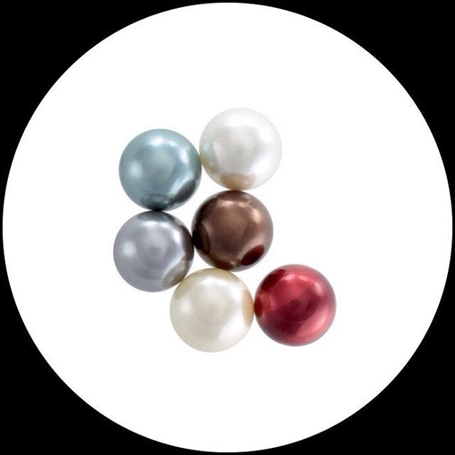PEARLS!!!! Faux Pearls •  Vanilla, Snow White, Dove Grey, Celeste Blue, Chocolate and Scarlet 😘 • Get our Pearl Marble set and Let your Silver Piece Change with you • Online Store • www.summit31.com