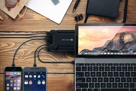 Satechiのマルチポート充電ステーションで標準USBデバイスとUSB-Cデバイスを一気に充電。