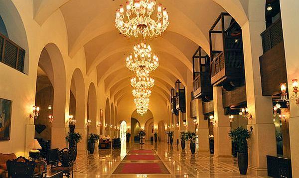 Serena Hotel Pakistan from http://www.travel-culture.com/pakistan/ht/Islamabad_Serena_Hotel.shtml