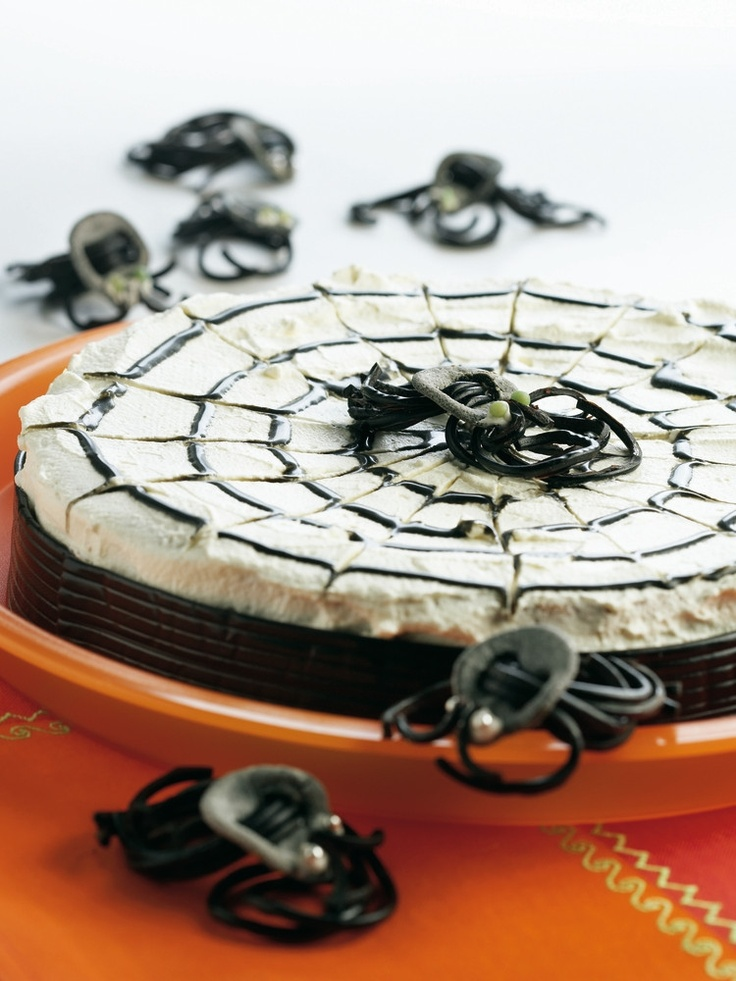 Hämähäkkikakku | K-ruoka #halloween