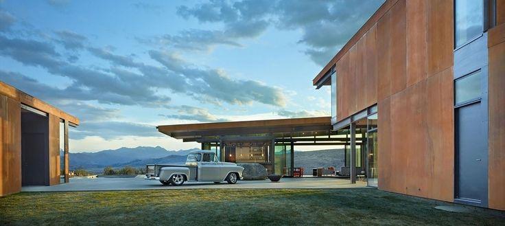 Великолепный загородный дом на лоне природы, но так ли он функционален, как выглядит? http://faqindecor.com/ru/naedine-s-prirodoj-zagorodnyj-dom-v-doline-uintropa/
