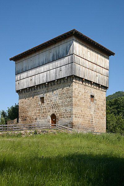 Casa Torre de Donamaria. Navarra. Donamaria Tower House. Navarre. © Inaki Caperochipi Photography