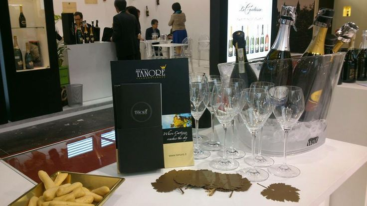 Vinitaly....we already miss it!! #behindthedesk