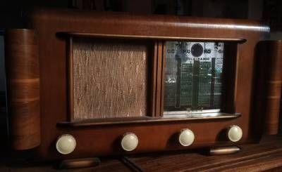 poste de radio reela 1951 1952 prix non fix tsf postes de radio pinterest radios. Black Bedroom Furniture Sets. Home Design Ideas