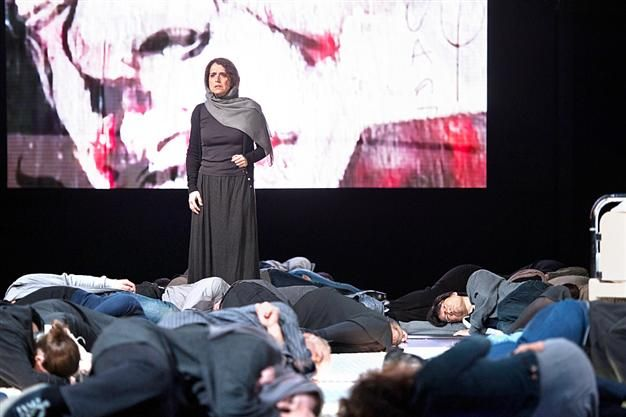 Turkish director Yekta Kara has staged an opera about one of the Arab Spring's iconic places, Tahrir Square. The opera recently made its premiere at the Salzburg State Opera in Austria and won recognition from the audience.