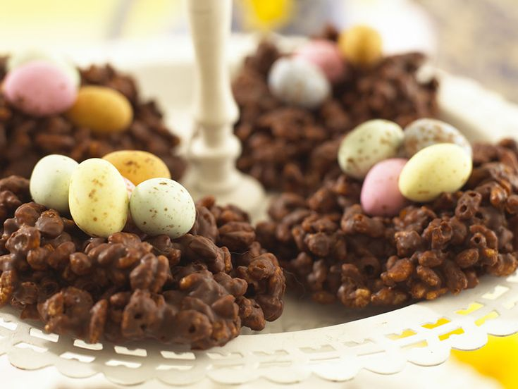 Children will love popping the mini eggs into the cooled nests before crunching into them. You can use shredded wheat instead of Rice Krispies to add wholegrain to these Chocolate Egg Nests.
