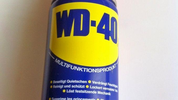 Lackkratzer am Auto mit WD40 beseitigen | Frag Mutti