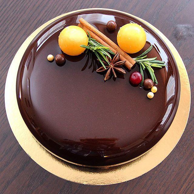 Шоколад -маракуйя /мандарин ,Chocolate-passion fruit/mandarin , мусс с темным шоколадом ,креме с маракуйей ,желе с мандарином и шоколадный бисквит без муки !!!       Доброе утро и хорошего дня ! 🍊🍊🍊