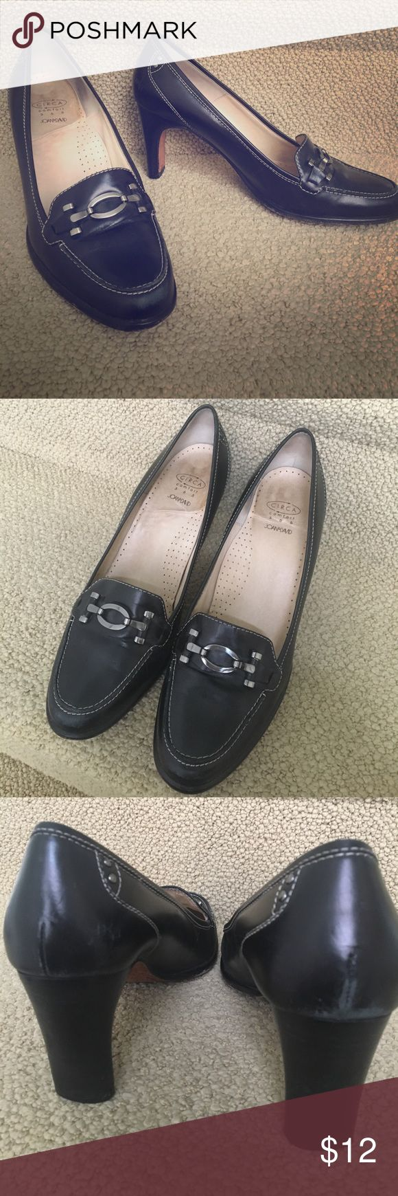 JOAN & DAVID Pumps 👠 Black Joan & David Circa work pumps that are very comfortable and well made. They may need a quick heel replacement but then they will serve you well. A few rubs and scuffs as seen in photos. Size 9M Joan & David Shoes Heels