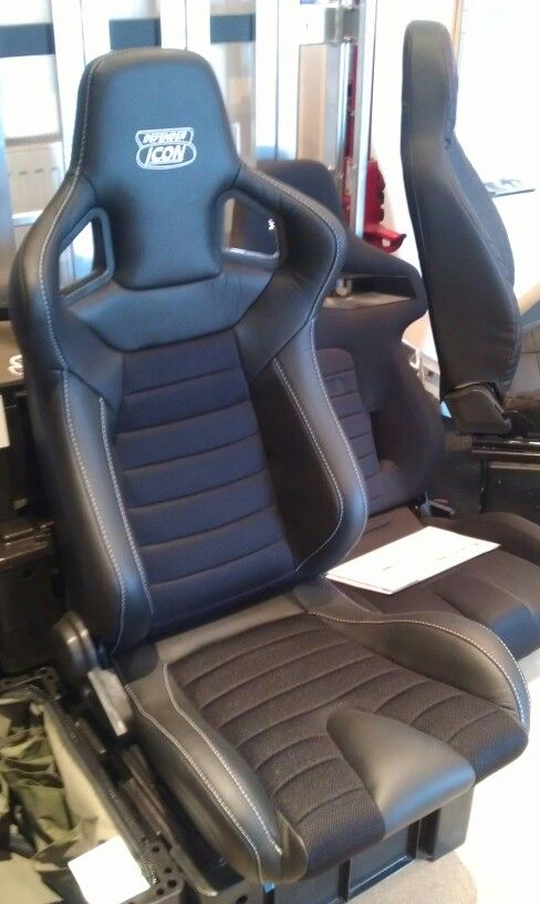 New Icon sports seats for Defender.