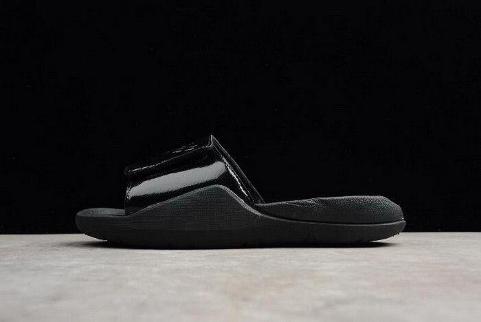the best attitude eec5a 7e0ce Mens Air Jordan Hydro 7 Retro Slide Black Black AA2517-010