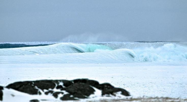 Slush Bay: une vague de glace dans le grand Nord