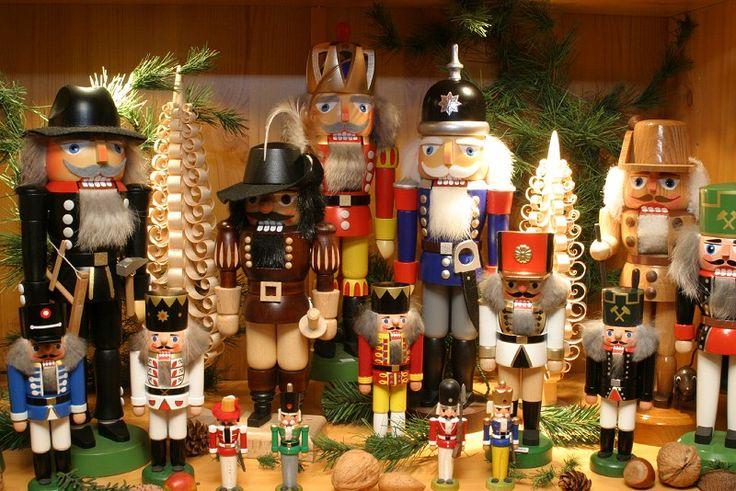 German Nutcrackers Celebrating My Roots Pinterest