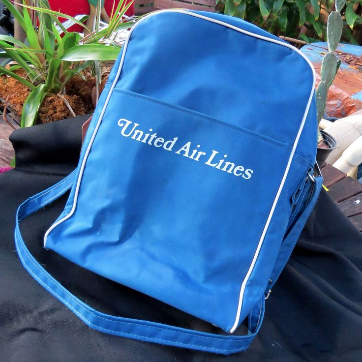 Vintage 1970s United Airlines Travel Carry On Luggage Tote Flight Realtors Board