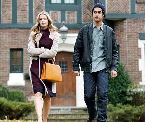 Denise Richards Begs TV Son to Bond With Her on ABC Family's Twisted