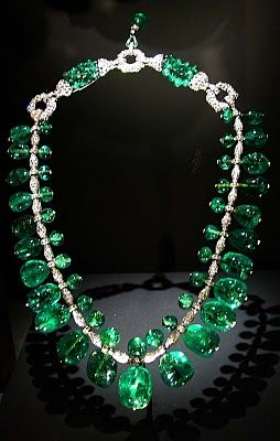 Indian Emerald Necklace made by Cartier in 1928-1929 with 24 emeralds from…
